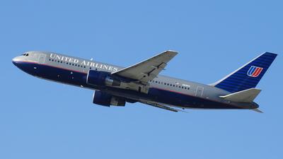 N618UA - Boeing 767-222 - United Airlines