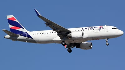 PR-TYN - Airbus A320-214 - LATAM Airlines