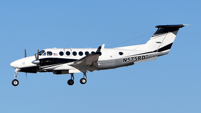 N575RD - Beechcraft B300 King Air 350 - Private