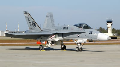 164718 - McDonnell Douglas F/A-18C Hornet - United States - US Navy (USN)