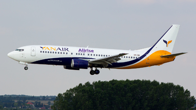 UR-CQX - Boeing 737-4B7 - YanAir