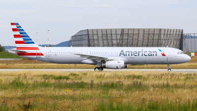 D-AVXY - Airbus A321-231 - American Airlines