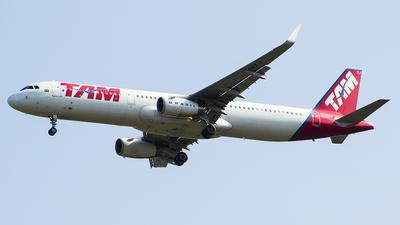 PT-MXJ - Airbus A321-231 - TAM Linhas Aéreas