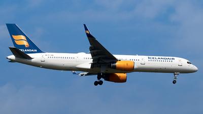 A picture of TFFIC - Boeing 75723N - Icelandair - © JakkoFly