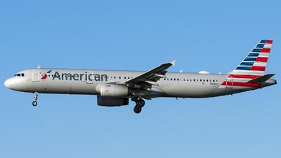N913US - Airbus A321-231 - American Airlines