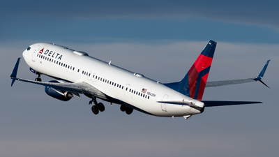 A picture of N842DN - Boeing 737932(ER) - Delta Air Lines - © Michael Place