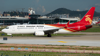 A picture of B5673 - Boeing 73787L - Shenzhen Airlines - © MICHAELWang