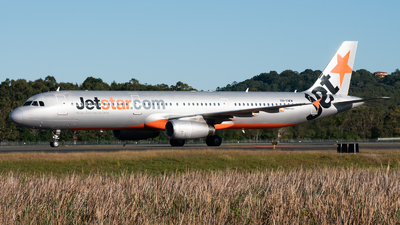 A picture of VHVWW - Airbus A321231 - Jetstar Airways - © Ben Long