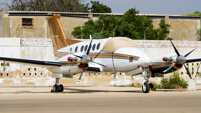 AP-PIR - Beechcraft 200 Super King Air - Private