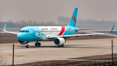 B-8898 - Airbus A320-214 - Loong Air