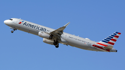 A picture of N103NN - Airbus A321231 - American Airlines - © Stefan Alexandru