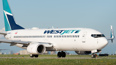 A picture of CGWSX - Boeing 7378CT - WestJet - © Charlie Sun