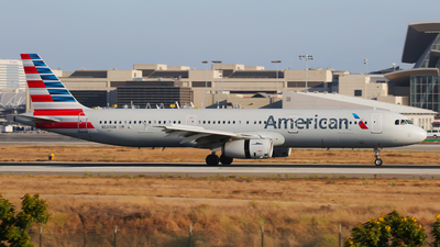 N537UW - Airbus A321-231 - American Airlines