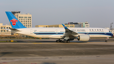 A picture of B320S - Airbus A350941 - China Southern Airlines - © TMC_LOU8