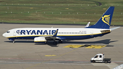 A picture of EIEVZ - Boeing 7378AS - Ryanair - © Fabian Lutz