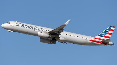 N165NN - Airbus A321-231 - American Airlines