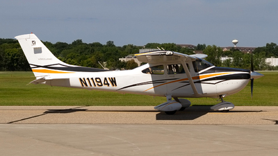N1194W - Cessna 182T Skylane - Private