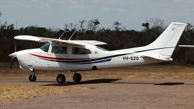 VH-SZO - Cessna 210L Centurion - Private