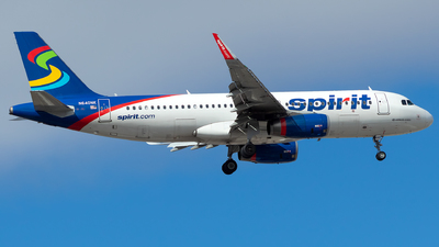 A picture of N640NK - Airbus A320232 - Spirit Airlines - © Lorenzo P