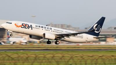 B-5350 - Boeing 737-85N - Shandong Airlines