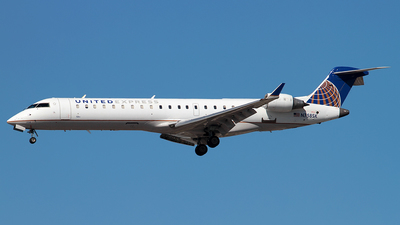 N758SK - Bombardier CRJ-701 - United Express (SkyWest Airlines)