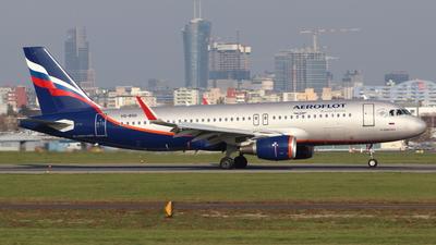 VQ-BSG - Airbus A320-214 - Aeroflot