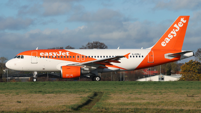 A picture of GEZBJ - Airbus A319111 - easyJet - © Dave Potter