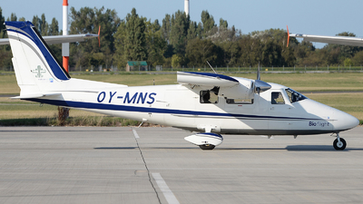 OY-MNS - Vulcanair P.68C - Bio flight