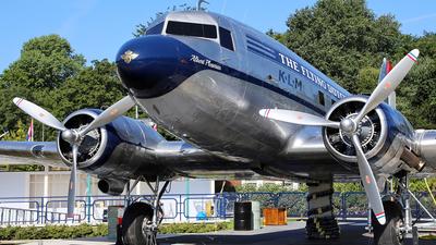 PH-APM - Douglas DC-3C - KLM Royal Dutch Airlines