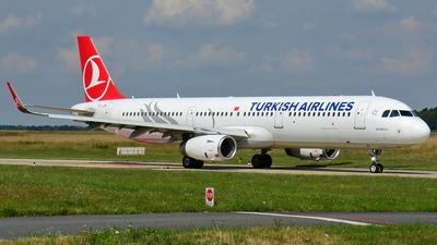 A picture of TCJTA - Airbus A321231 - Turkish Airlines - © Thomas Schmidt-Blindenhöfer