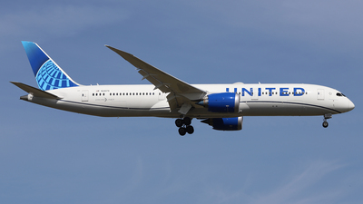 A picture of N24979 - Boeing 7879 Dreamliner - United Airlines - © Frank Specker