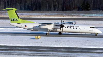 A picture of YLBAI - De Havilland Canada Dash 8400 - [4302] - © ArCher