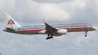 N634AA - Boeing 757-223 - American Airlines
