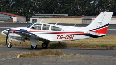 A picture of TGOSI - Beech 95E55 Baron - [TE1133] - © Julio Letona