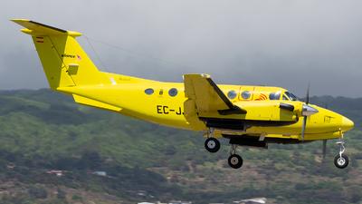 A picture of ECJJP - Beech 200 King Air -  - © Luis Rguez