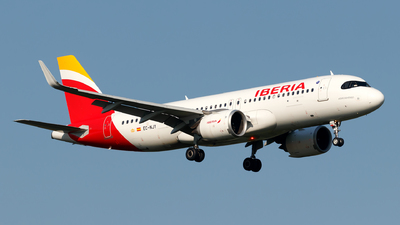 A picture of ECNJY - Airbus A320251N - Iberia - © Julian Azeroth
