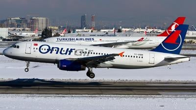 TC-OBM - Airbus A320-232 - Onur Air