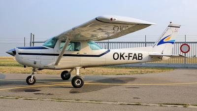 A picture of OKFAB - Cessna 152 - [15286023] - © Robert Kolek - lojza