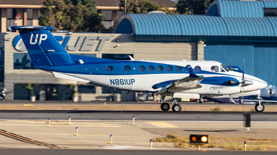 N861UP - Beechcraft B300 King Air 350i - Wheels Up