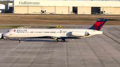 N964DL - McDonnell Douglas MD-88 - Delta Air Lines