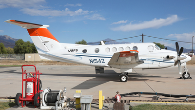 N1542 - Beechcraft B200 Super King Air - United States - US Forest Service (USFS)
