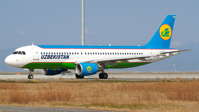 UK-32016 - Airbus A320-214 - Uzbekistan Airways