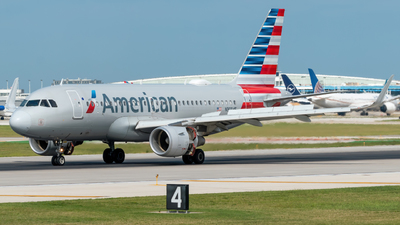 N9004F - Airbus A319-115 - American Airlines
