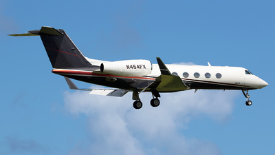 N454FX - Gulfstream G450 - Private