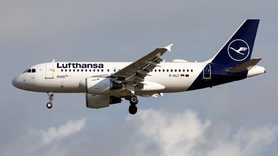 A picture of DAILC - Airbus A319114 - Lufthansa - © Sebastian Sowa