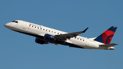 N625CZ - Embraer 170-200LR - Delta Connection (Compass Airlines)