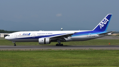 JA714A - Boeing 777-281 - All Nippon Airways (ANA)