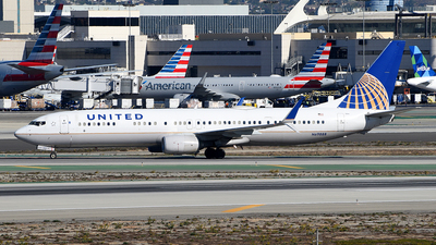 A picture of N69888 - Boeing 737924(ER) - United Airlines - © Rocky Wang