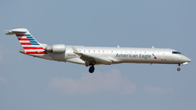 N521AE - Bombardier CRJ-701ER - American Eagle (Envoy Air)
