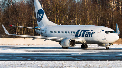 VP-BFW - Boeing 737-524 - UTair Aviation